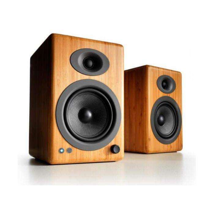 https://www.ronis.hr/slike/velike/zvucnici-audioengine-a5-hi-gloss-bambus--aea5plusbamboo-230v-eu_1.jpg
